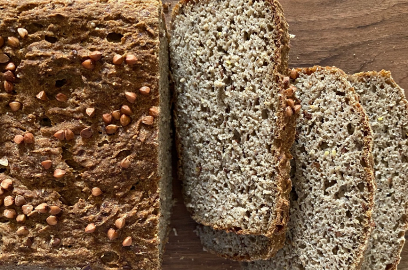 Pain quinoa / sarrasin au levain